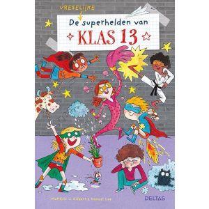 Boek klas 13 de (vreselijke) superhelden